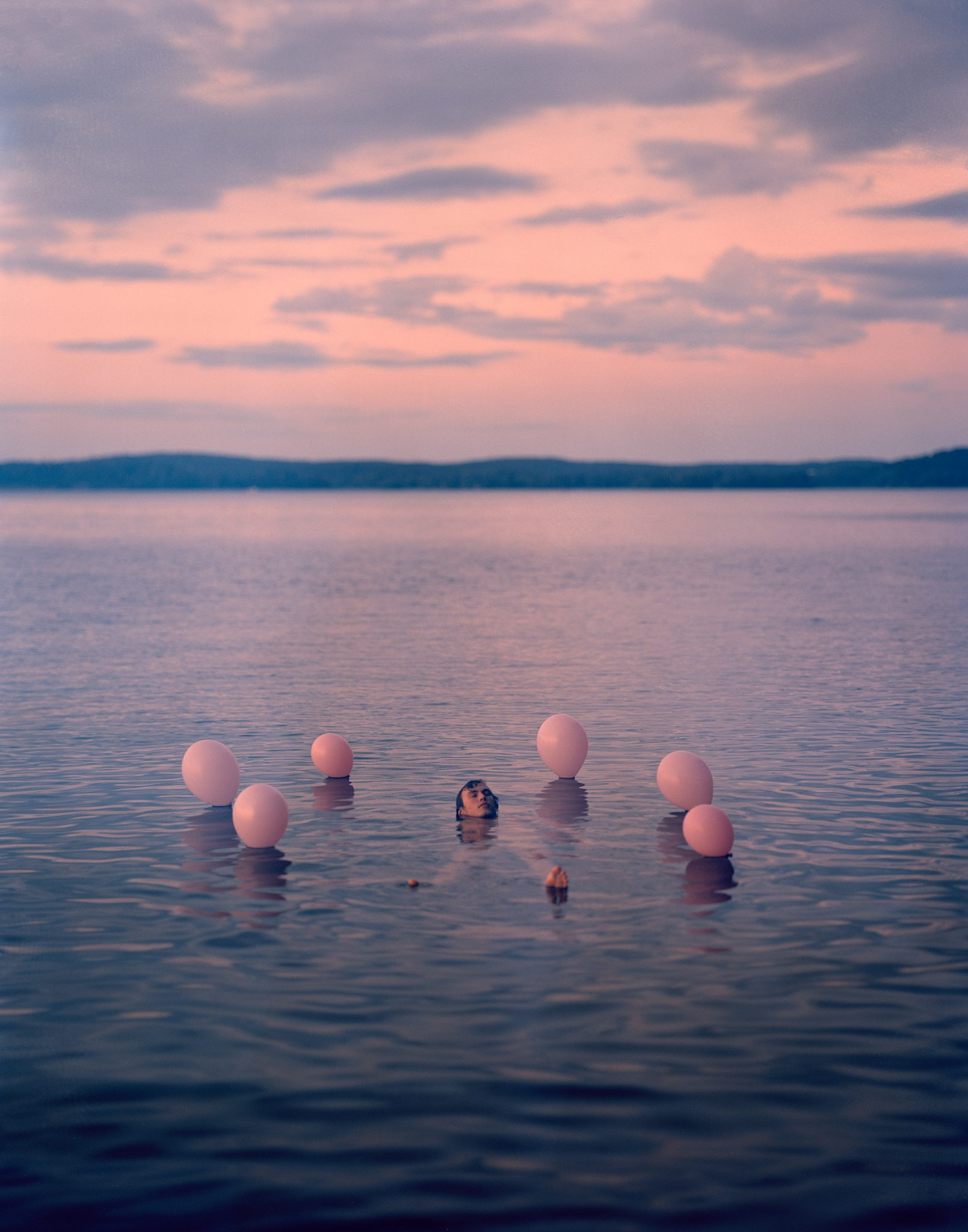 06_Henri Airo - Keep Swimming - 30 - Untitled (Float) - 9cbb6d6f-2780-487f-a392-5961a4074ed6 copy